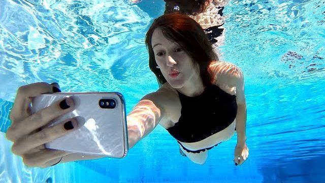 Chế độ dưới nước là một tính năng thú vị của iPhone 2019 (ảnh: Forbes)