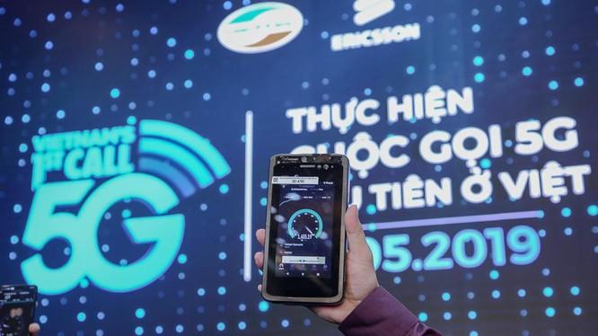 Cuộc gọi qua mạng di động 5G vừa được Viettel thực hiện