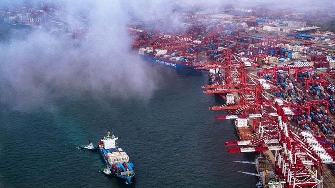 Xung đột thương mại Mỹ - Trung ảnh hưởng tiêu cực tới hoạt động kinh doanh của doanh nghiệp châu Âu (Nguồn: AFP)