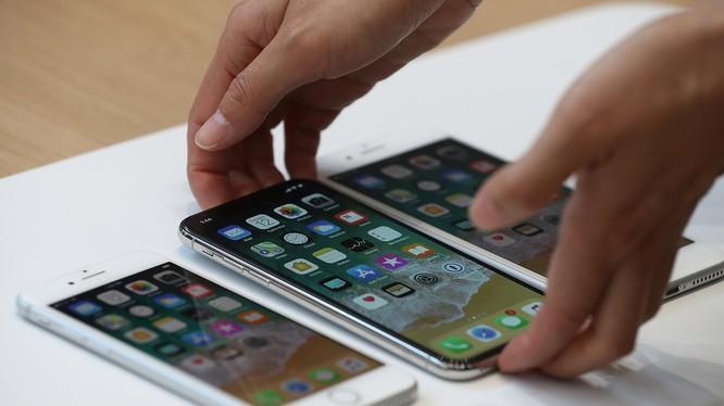 iPhone năm 2020 sẽ có kích thước mới (ảnh Getty Images)