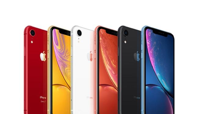 Một nhà phân tích nói rằng nếu thuế quan được áp dụng cho điện thoại thông minh sản xuất tại Trung Quốc, giá của iPhone XR của Apple có thể tăng thêm 160 USD (ảnh Apple)