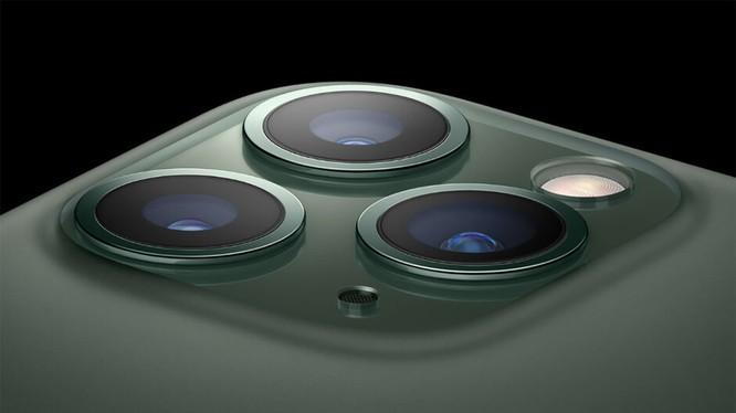 Cụm camera của iPhone 11 (ảnh Apple)