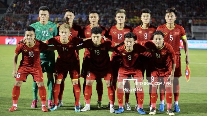 Các cầu thủ U22 Việt Nam tại trận giao hữu với U22 UAE (ảnh: Goal.com)