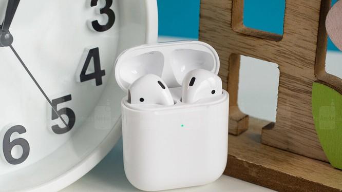 Tai nghe không dây AirPods của Apple (ảnh Phone Arena)