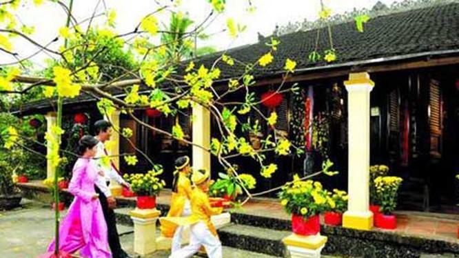 Chúc Tết là một nét đẹp văn hóa của người Việt (ảnh: báo Kiến thức)