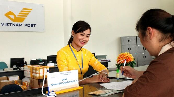 Người về hưu có thể đăng ký để nhận lương hưu tại nhà