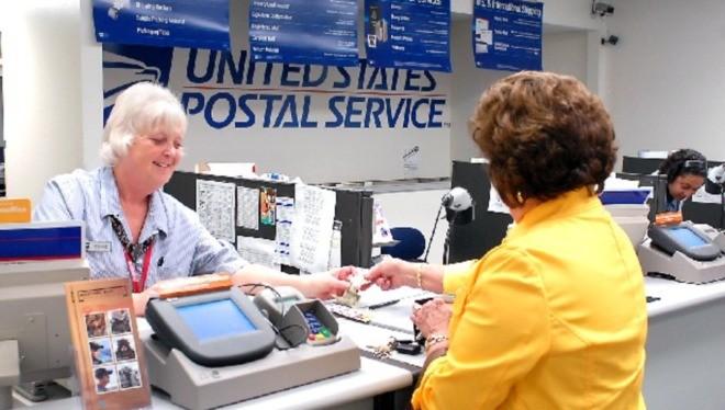 Tổng thống Trump cho rằng Dịch vụ Bưu chính Mỹ cần tăng phí chuyển phát đối với Amazon và các công ty khác