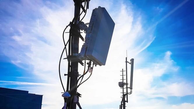 Trạm gốc 5G (ảnh: Shutterstock)