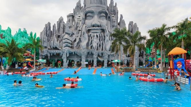 Việt Nam có nhiều địa điểm du lịch độc đáo với du khách (ảnh: Shutterstock)
