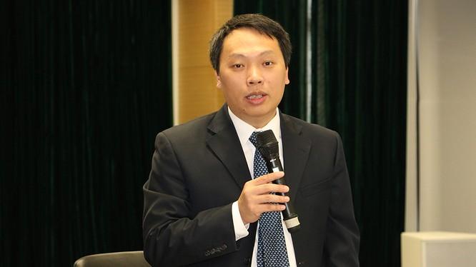Thứ trưởng Nguyễn Huy Dũng phát biểu tại buổi làm việc. Ảnh MIC
