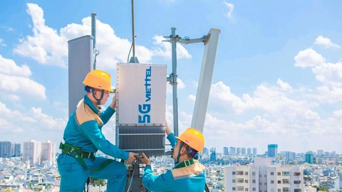 Viettel đã lắp đặt hơn 100 trạm gốc 5G tại Hà Nội và 50 trạm tại TP.HCM để kinh doanh thử nghiệm