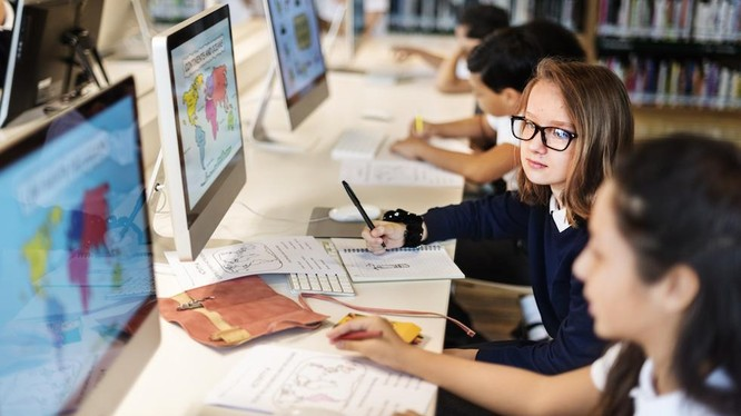 Nhiều website rất bổ ích để trẻ em học tập