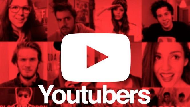 Các YouTuber sống ngoài nước Mỹ có thể bị đánh thuế từ 24-30% (ảnh: Family and Media)