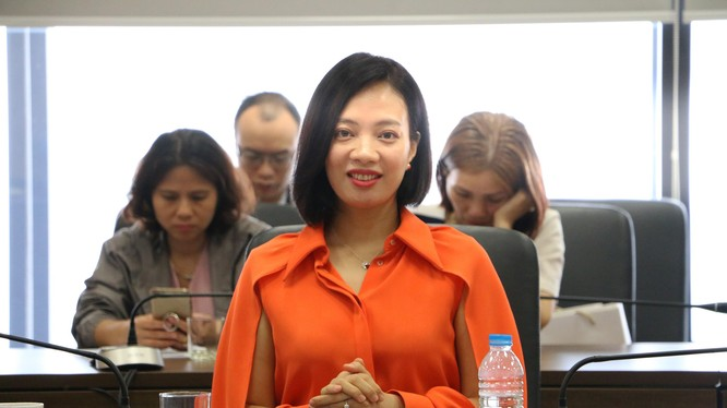 Bà Nguyễn Hiền Phương – Phó Tổng Giám đốc Hanoi Telecom.