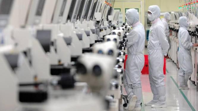 Hàn Quốc luôn đẩy mạnh đầu tư nghiên cứu và phát triển (Ảnh: Bloomberg)