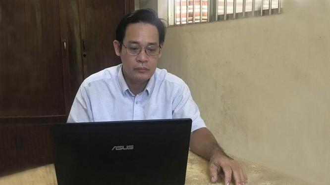 Chân dung thầy giáo Lê Trần Ngọc Sơn - Ảnh: MT