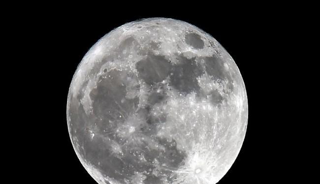 Mạng 4G sẽ được lắp đặt lên mặt trăng vào năm 2019 (Ảnh Getty Images)