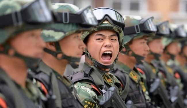 Các trường đại học và các tập đoàn công nghệ hàng đầu đang hỗ trợ tích cực cho các ứng dụng AI phục vụ quân đội Trung Quốc (Ảnh Reuters)