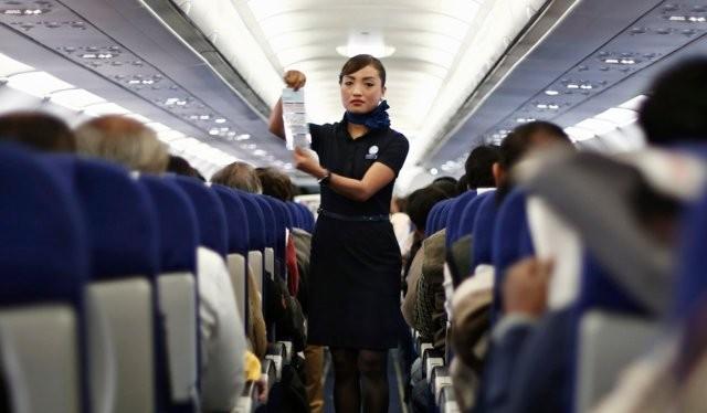 Tuy nhiều hành khách không mấy chú ý đến những hướng dẫn đảm bảo an toàn, nhưng các phi công hiểu được tầm quan trọng của nó thế nào (Ảnh Reuters)