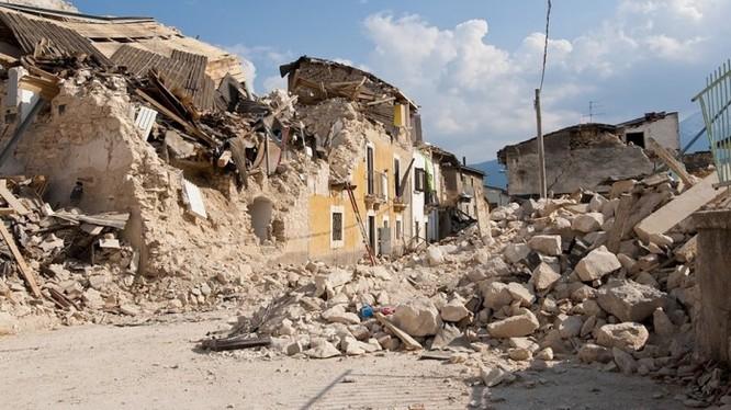 Dự báo chính xác trước các trận dư chấn động đất sẽ góp phần quan trọng làm hạn chế thiệt hại cho con người (Ảnh Pixabay)