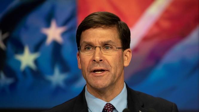 Bộ trưởng Quốc phòng Mỹ Mark Esper (Ảnh: Reuters)