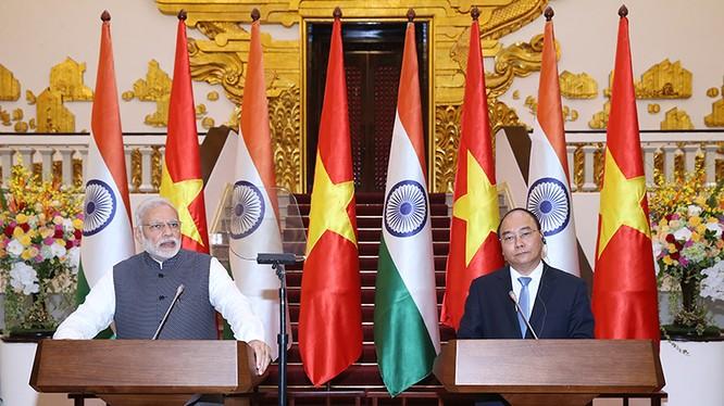 Sau cuộc hội đàm giữa Thủ tướng Chính phủ Nguyễn Xuân Phúc và Thủ tướng Ấn Độ Narendra Modi, hai bên ra Tuyên bố chung- (Ảnh: Chinhphu.vn).