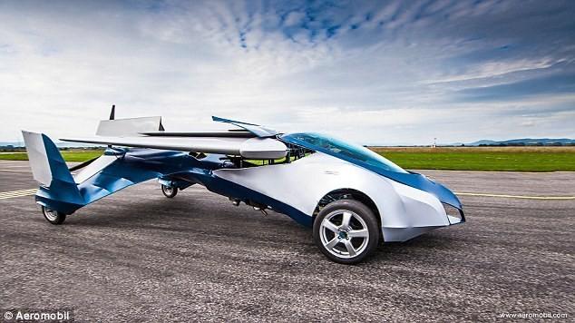 Mẫu ô tô bay này có thể bay với tốc độ 200 km/h.