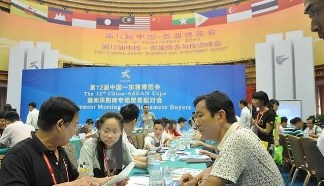 Doanh nghiệp Việt Nam tại hội chợ năm 2015 - (Ảnh minh họa)