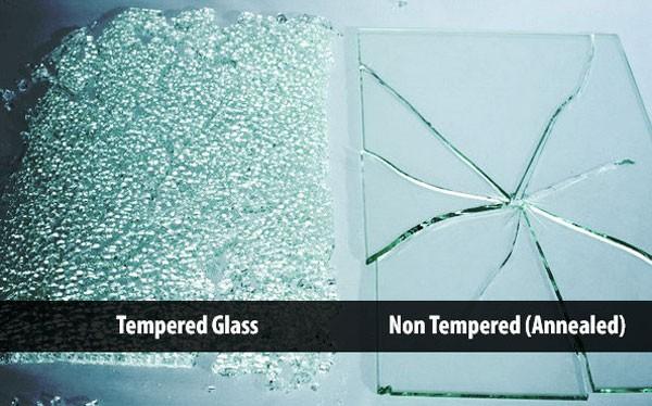 Kính cường lực có độ chịu lực gấp 4 lần so với kính thông thường.