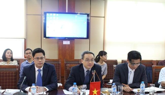 """Thứ trưởng Bộ TT&TT Phan Tâm: """"Ngành TT&TT Việt Nam luôn ưu tiên mở rộng thị trường ra quốc tế""""."""