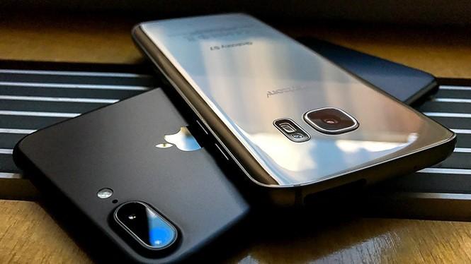 iPhone 7 Plus và Galaxy S7 đều là những những mẫu smartphone cao cấp chụp ảnh tốt nhất hiện nay