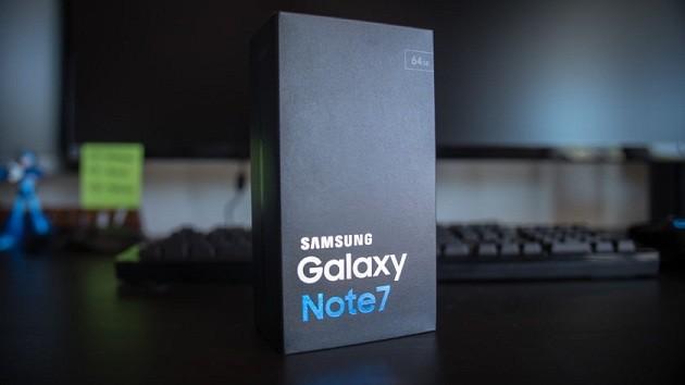 Samsung cũng công bố một số hướng dẫn chính thức để giúp người tiêu dùng xác định sản phẩm mới an toàn.