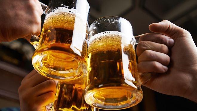 Người Việt tiêu thụ 3,4 tỷ lít bia mỗi năm.