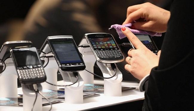 BlackBerry chính thức rời khỏi mảng phần cứng điện thoại.