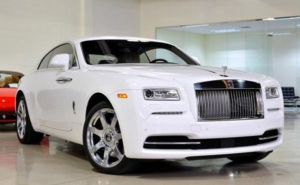 Hầm để xe toàn Rolls -Royce.