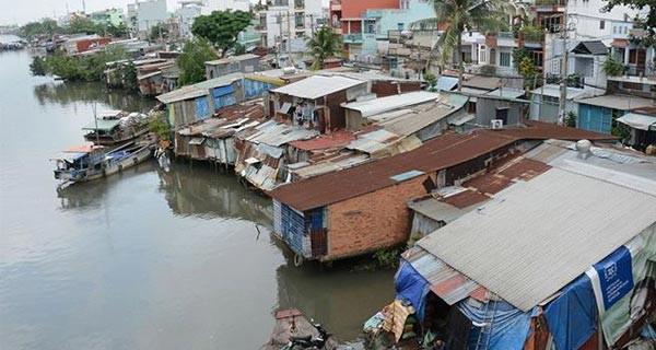 TP.HCM sẽ di dời 20.000 hộ dân sống ven kênh rạch- (Ảnh minh họa).