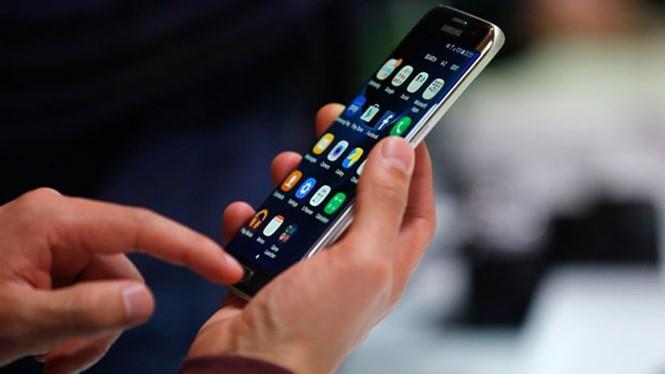 Galaxy S8 sẽ ra mắt sớm hơn dự kiến để Samsung lấy lại lòng tin của khách hàng- (ẢNH: AFP).