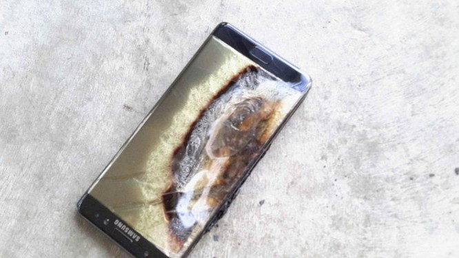 """Note 7 """"đẳng cấp"""" sau khi cháy"""