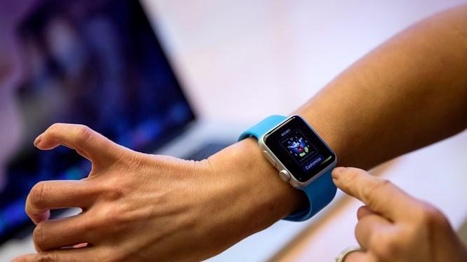 Apple Watch sắp tới sẽ có khả năng điều khiến các thiết bị- (Ảnh: BUSINESS INSIDER).
