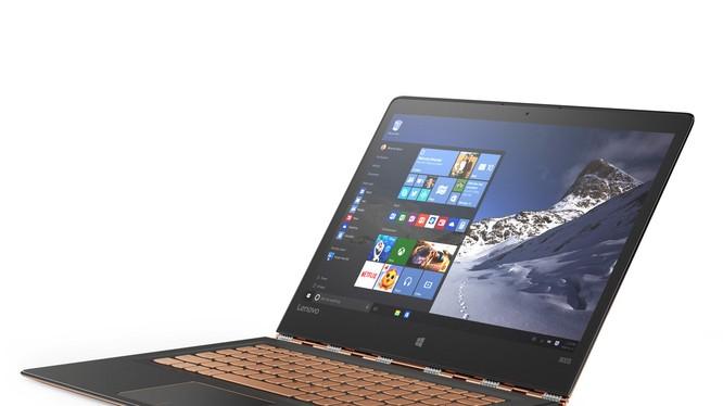 Thương gia ưu tiên sự tiện lợi, bền bỉ và bảo mật khi lựa chọn laptop.