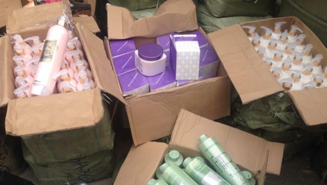 Thu giữ hàng nghìn mỹ phẩm nhập lậu bị thu gần Cảng Hà Nội- (Ảnh minh họa).