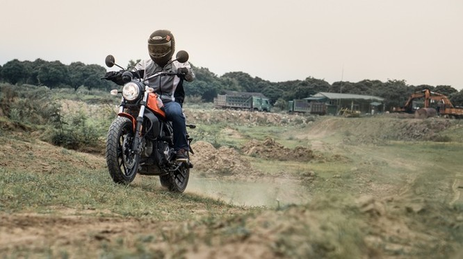 Ducati Scrambler Sixty2: Công tử đô thành