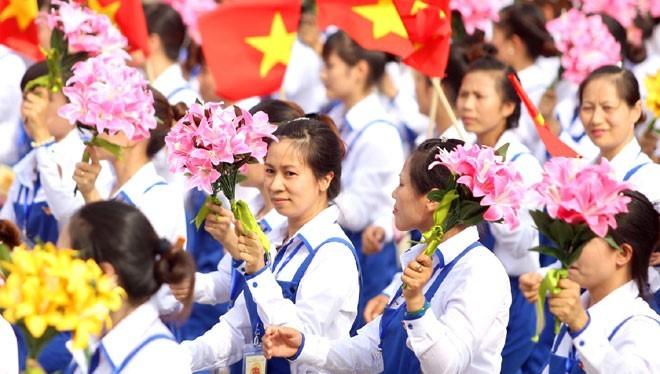 Tổng Liên đoàn Lao động Việt Nam đang lập đề án thực hiện thí điểm xây dựng 15 thiết chế phục vụ đời sống công nhân.