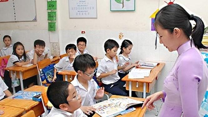 """Ngoài công việc giáo dục trẻ em, các giáo viên mần non ở Hồng Lĩnh (Hà Tinh) còn """"kiêm"""" thêm nhiệm vụ đi sự kiện cho địa phương - (Ảnh minh họa)"""