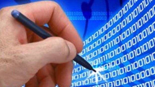 Để giảm thiểu những rủi ro trong hoạt động giao dịch điện tử thì người sử dụng dịch vụ cần tuân thủ các quy định, hướng dẫn của tổ chức cung cấp dịch vụ và có ý thức tự bảo vệ mình thông qua việc bảo mật thông tin về tên, mật khẩu đăng nhập.