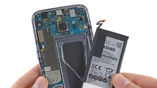 Cải tiến công nghệ pin đang nhận được rất nhiều mối quan tâm- (Ảnh: IFIXIT).