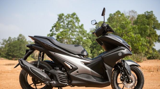 """""""Siêu xe tay ga thể thao"""" Yamaha NVX"""
