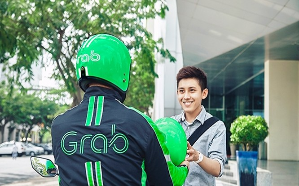 Grab đang thử nghiệm các dịch vụ mới như chia sẻ xe hơi cũng như dịch vụ giao thức ăn và giao hàng đầu cuối. Grab hiện đang hoạt động tại Singapore, Indonesia, Phillipines, Malaysia, Thái Lan và Việt Nam.