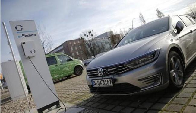 Hãng Volkswagen đặt mục tiêu dẫn đầu về dòng xe chạy điện. (Ảnh: Reuters)