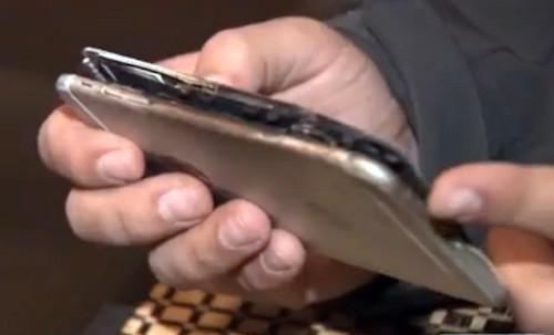 Một trường hợp iPhone 6 bốc cháy.